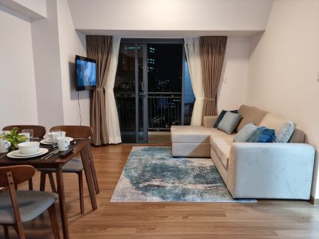 Fully Furnished 2 Bedroom for Rent in The Rise Makati