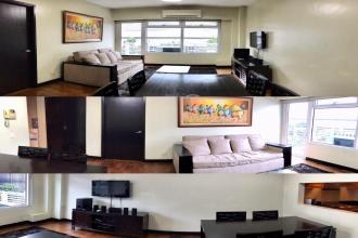 Furnished 1 BR with balcony One Serendra BGC