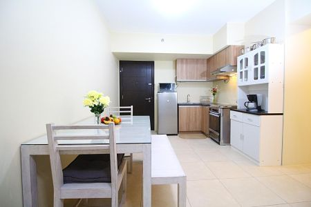 2BR Condo with 2 TB and Parking for Rent at  34th St Avida  BGC