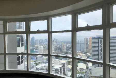 1BR Condo for Rent in Twin Oaks Place East Tower Ortigas Center