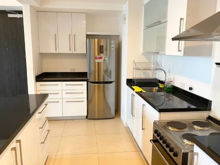 Fully Furnisned 1BR Unit in One Serendra Taguig