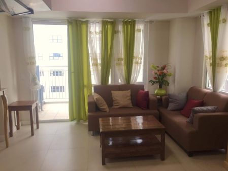 2 Bedroom Fully Furnished in Solinea across Ayala Center Cebu