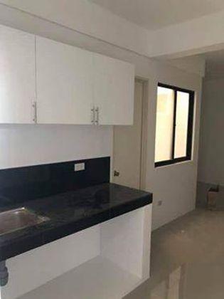 For Rent Building in Las Pinas