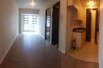 Unfurnished 1 Bedroom in Kroma Tower Makati