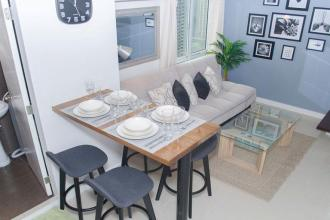 Fully Furnished Two Bedrooms condo for rent at Fort Victoria