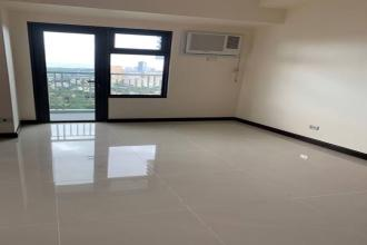 Semi Furnished 2BR Unit in Magnolia Residences