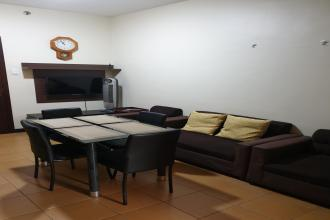Fully Furnished 1BR Unit in San Lorenzo Place Makati