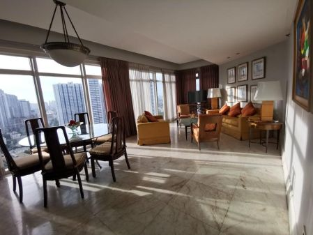 Spacious 3 Bedroom for Rent in Salcedo Park Condominium