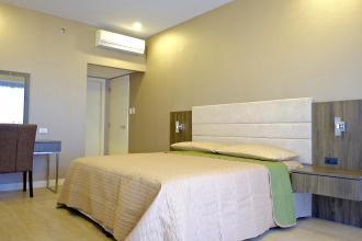 Fully Furnished 2 Bedroom in One ShangriLa Place
