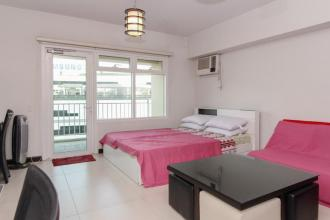 Fully Furnished Studio Type condo for rent at Serendra 2 - Aston