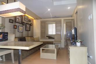 Fully Furnished 1BR Unit in Forbeswood Heights Condo BGC