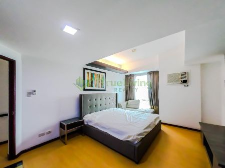 Fully Furnished 3 Bedroom Loft for Rent in Avant at The Fort
