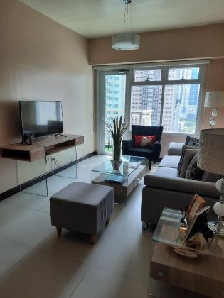 Two Serendra 1 Bedroom for Rent with Balcony
