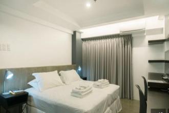 Studio Unit in 5880 Enriquez Poblacion Makati for Rent