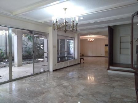 Ayala Alabang House For Rent 4 Bedroom in Alabang Muntinlupa