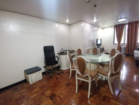 Fully Furnished 2 Bedroom Unit at The Peak Tower for Rent