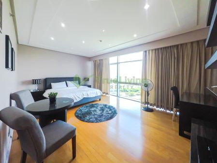 Nicely Furnished 3 Bedroom Condo for Rent in Pacific Plaza Towers