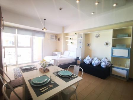 Fully Furnished Studio for Rent at Venice Residences McKinley