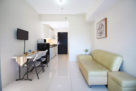 Rent Studio unit in Princeton Residences Aurora Ave New Manila