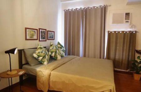 Studio Condo for Rent in Paseo De Roces, Pio del Pilar, Makati