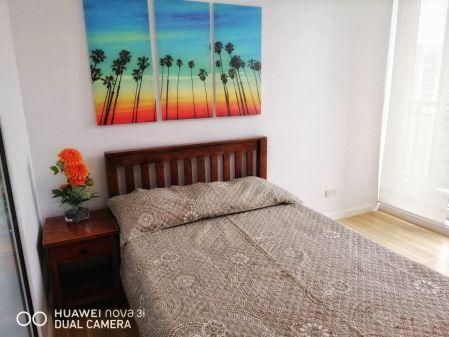 2BR Modern Filipino Getaway in Azure Urban Resort Residences