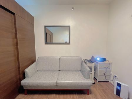 1BR Unit for Rent in Air Residences with Balcony