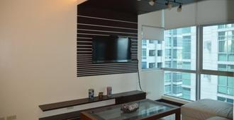 3 Bedroom Condo at The Blue Sapphire Residences