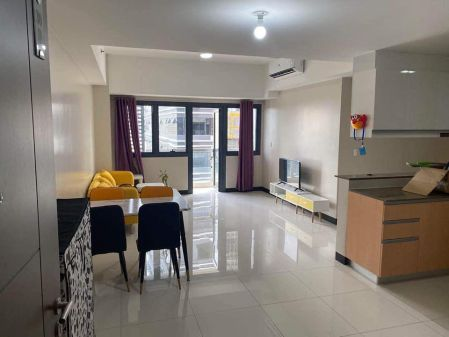 Nicely Furnished 2 Bedroom For Rent in Salcedo Skysuites
