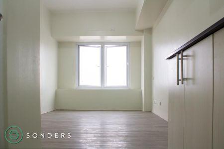 Unfurnished Studio for Rent at 878 Espana Manila