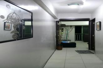 Fully Furnished 1BR with Balcony at Royal Palm Villa Las Pinas