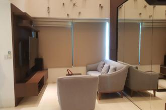 Bi Level 2BR Unit for Rent in One Rockwell