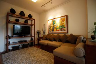 Fully Furnished 2BR Condo at One Rockwell in Makati