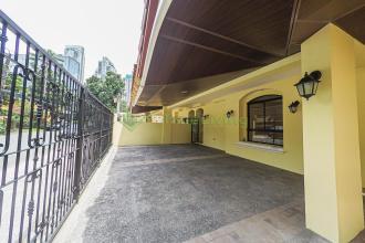 Semi Furnished 2 Storey Duplex in San Lorenzo Village Makati