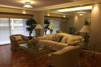 Newly Renovated 2 Bedroom Unit Near Greenbelt