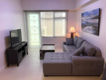 1 Bedroom Condo for Rent at Red Oak