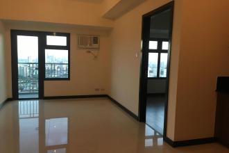Semi Furnished 2 Bedroom in Magnolia Residences