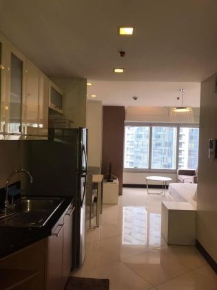 Fully Furnished Studio Unit at One Central Makati for Rent