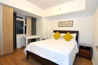 Fully Furnished 2BR Luxury Bedroom for Rent at One Maridien BGC T