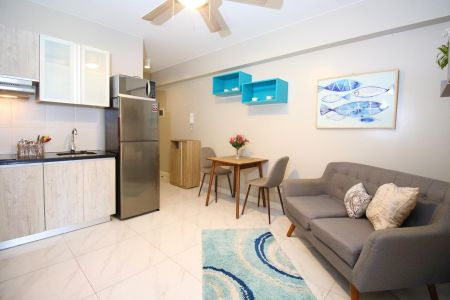 Furnished 1 Bedroom with Optional Parking at Monarch Parksuites