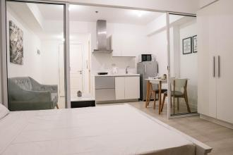 Fully Furnished 1 Bedroom Unit at Azure Urban Resort Residences