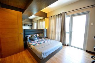 Fully Furnished 1 Bedroom Condominium Morgan Suites Mckinley Hill