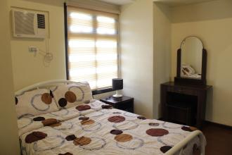 Fully Furnished 1BR with High Speed Wifi and Balcony in Azalea Pl