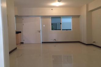 Unfurnished 2 Bedroom Unit for Rent at Sheridan Towers