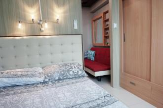 Fully Furnished 1 Bedroom Unit at Breeze Residences for Rent