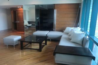 Rockwell Spacious 2 Bedroom with Den for Lease at Amorsolo Tower