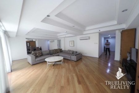 2BR Fully Furnished Condo for Rent in Fraser Place Makati City