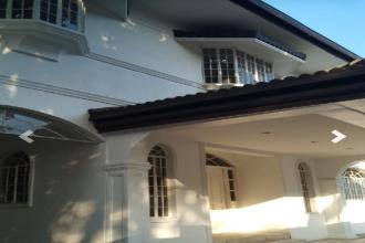 House with 7 Bedrooms in San Lorenzo Village for Lease