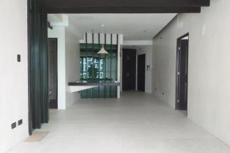 Semi Furnished 3BR Unit in Kensington Place for Rent