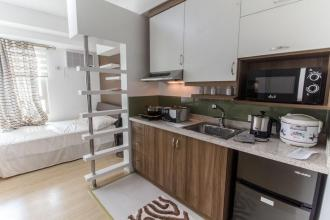 Fully Furnished Studio for Rent at The Grove by Rockwell