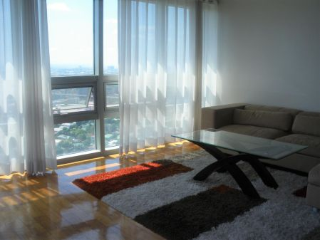 Furnished 2 Bedroom Unit in The Residences at Greenbelt